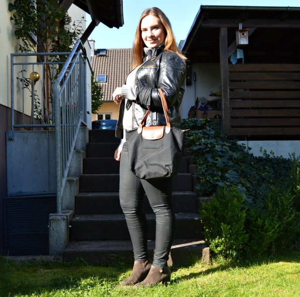 WA_Autumnoutfit_Leahterjacket_2