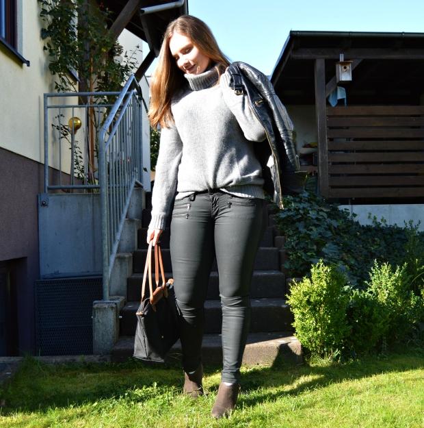 WA_Autumnoutfit_Leahterjacket_4