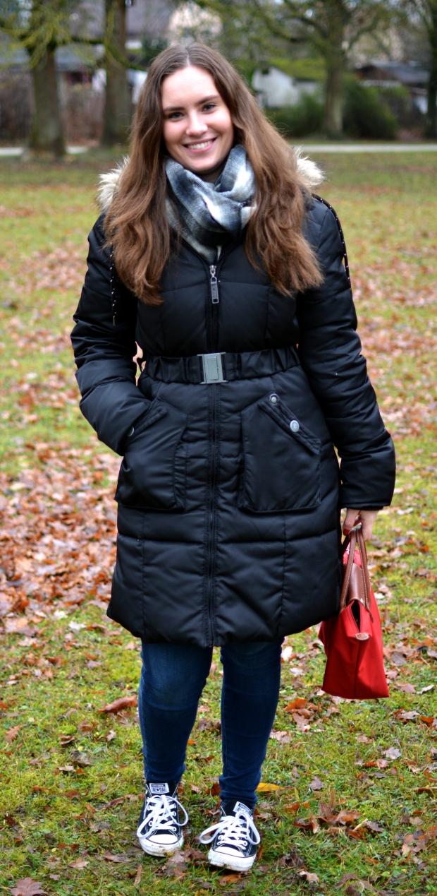 Outfit Winter Park Esprit Mantel Longchamp Tasche