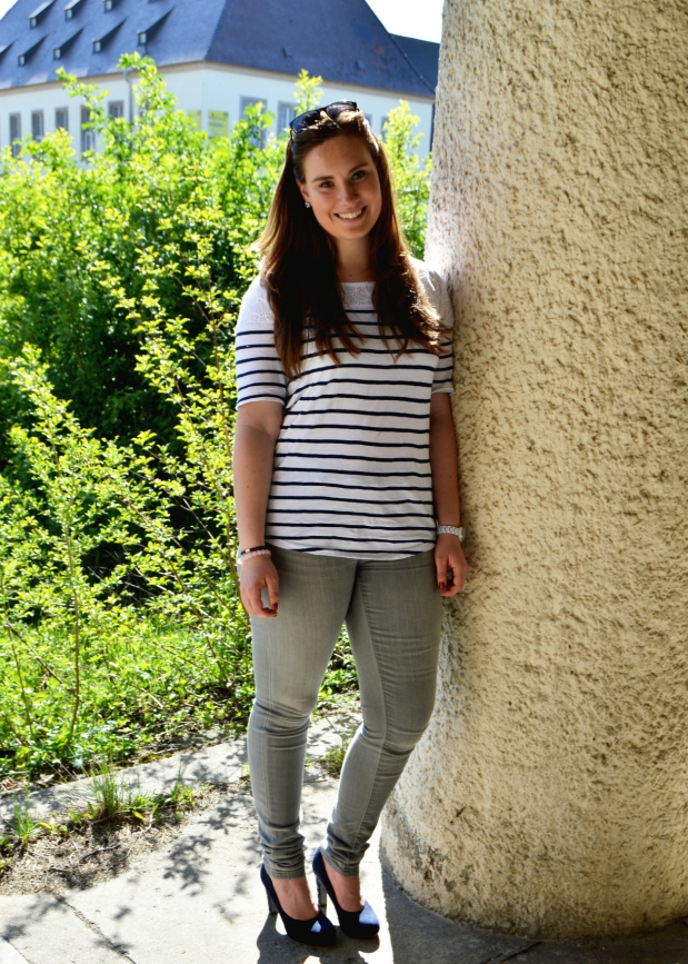 When Anna Fashion Streifenshirt, Jeans, High Heels 2