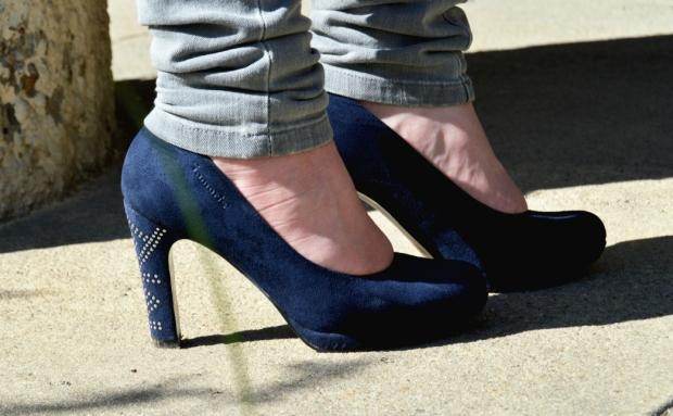 When Anna Fashion Streifenshirt, Jeans, High Heels 5