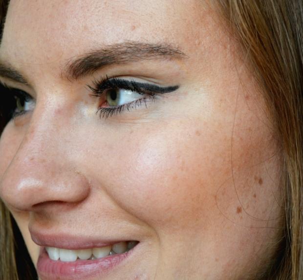 When Anna Beauty ABC Eyeliner 3