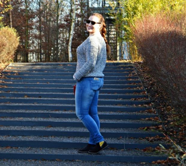 when-anna-cozy-sweater-2